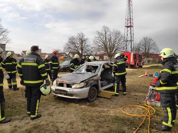 Vježbe spašavanja kod prometnih nesreća